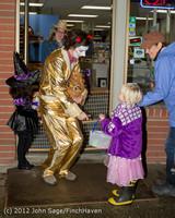 7413 Halloween on Vashon Island 2012