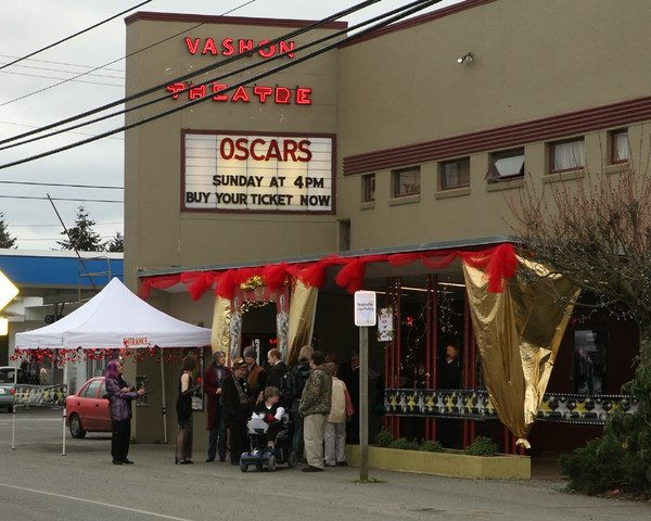 8163_Oscars_Night_on_Vashon_2010