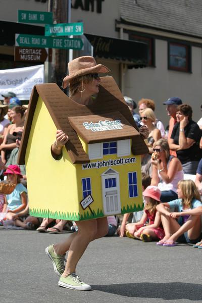 8233 Grand Parade Festival 2009
