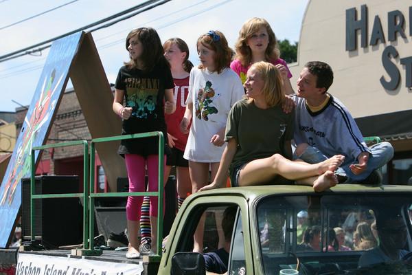 8833 Grand Parade Festival 2009