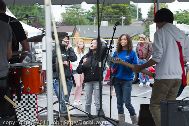 0547_Castbound_at_Concert_Stage_Sunday_2011