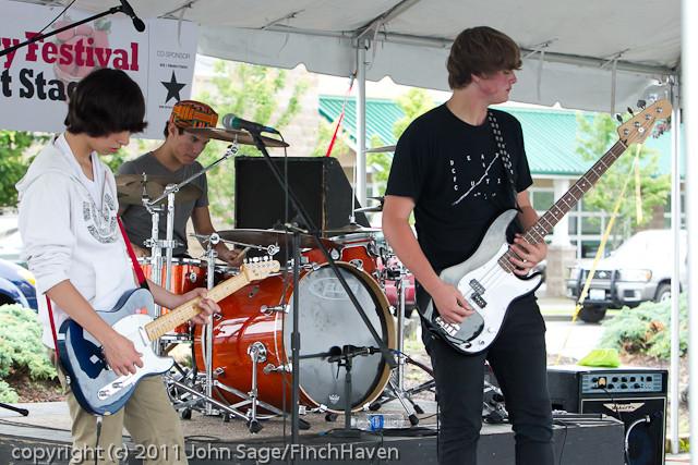 0553 Castbound at Concert Stage Sunday 2011