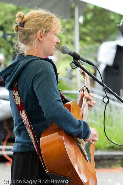 0916_Allison_Shirk_at_Ober_Park_Sunday_2011