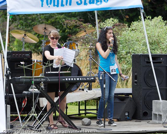 18477 Youth Blast at the Green Saturday 2011