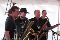 5910 Loose Change at the Beer Garden 2011