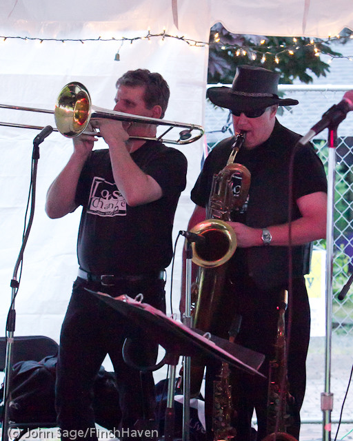 6215 Loose Change at the Beer Garden 2011