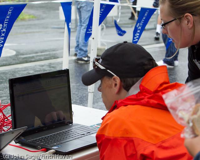 6427 Bill Burby 5-10K race 2011