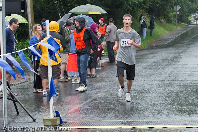 6468 Bill Burby 5-10K race 2011