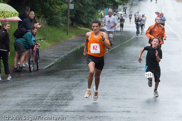 6527 Bill Burby 5-10K race 2011