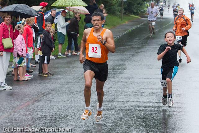 6530 Bill Burby 5-10K race 2011