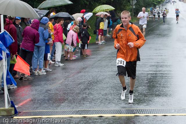 6533 Bill Burby 5-10K race 2011