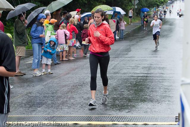 6575 Bill Burby 5-10K race 2011