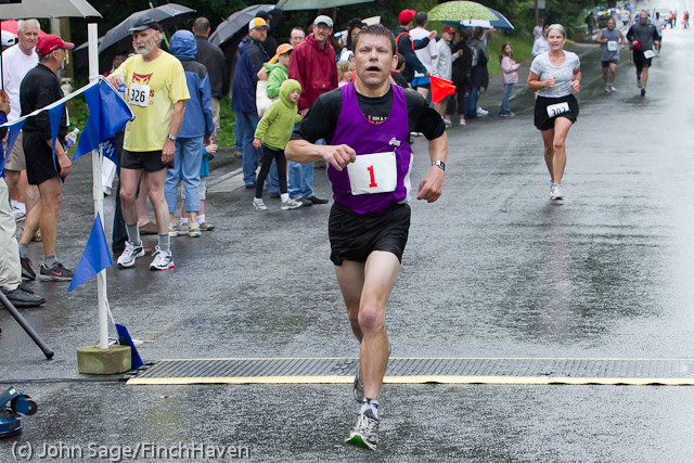 6613_Bill_Burby_5-10K_race_2011