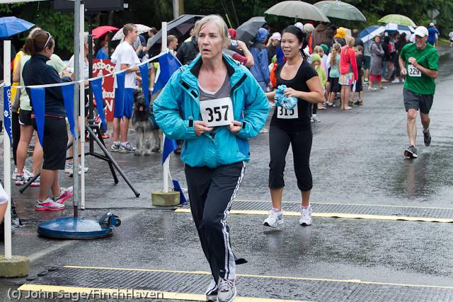 6664 Bill Burby 5-10K race 2011
