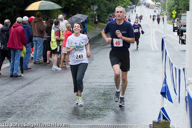 6736 Bill Burby 5-10K race 2011