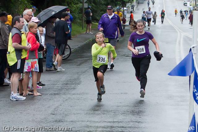 6737 Bill Burby 5-10K race 2011