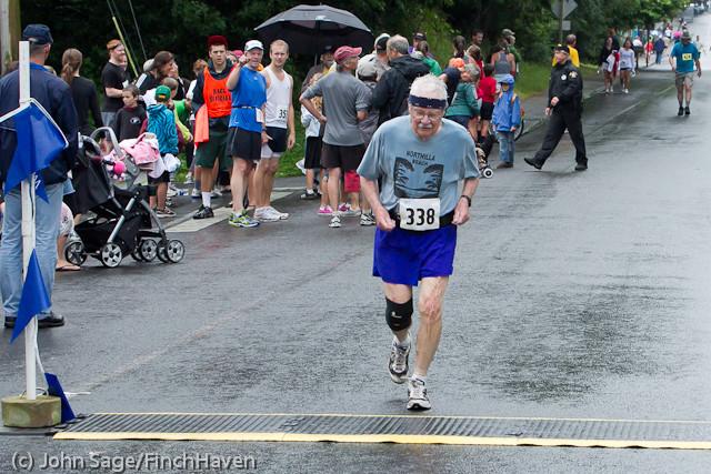 6790 Bill Burby 5-10K race 2011