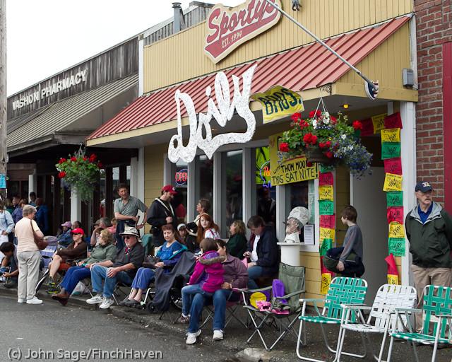 6895 Strawberry Festival Kids Parade 2011