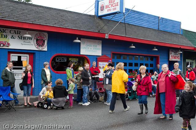 6896 Strawberry Festival Kids Parade 2011