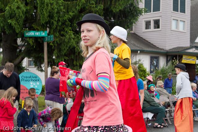 6932 Strawberry Festival Kids Parade 2011