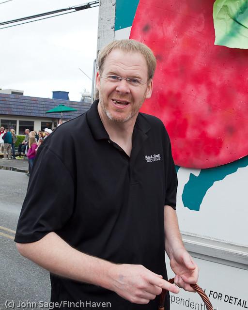 6988 Strawberry Festival Grand Parade 2011
