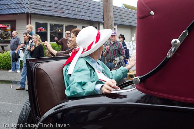 7007 Strawberry Festival Grand Parade 2011