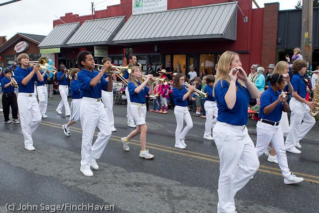 7042 Strawberry Festival Grand Parade 2011