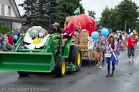 7061 Strawberry Festival Grand Parade 2011