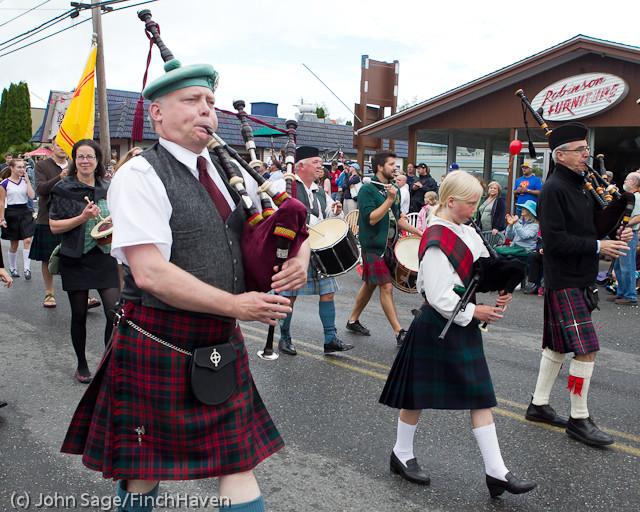 7101 Strawberry Festival Grand Parade 2011
