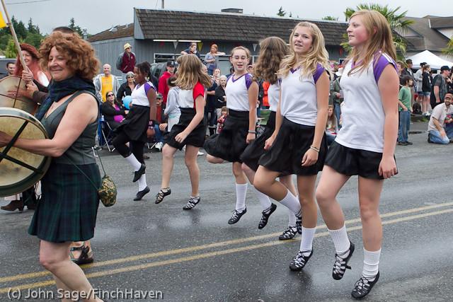 7112 Strawberry Festival Grand Parade 2011