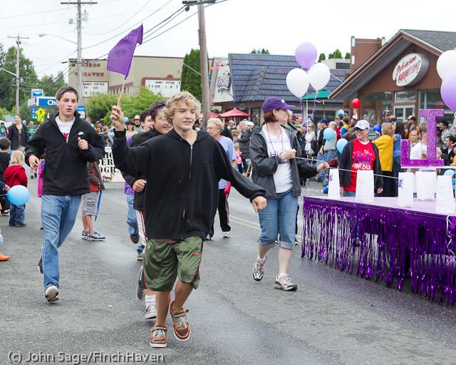 7141 Strawberry Festival Grand Parade 2011