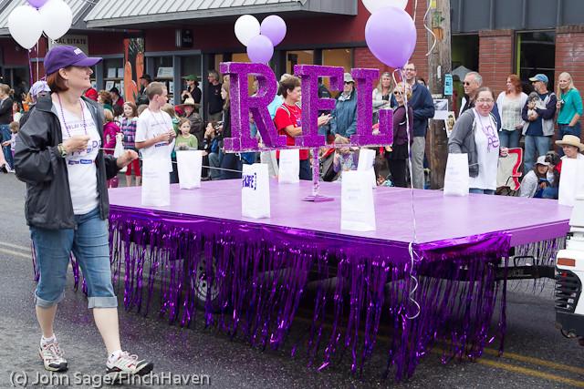7145 Strawberry Festival Grand Parade 2011