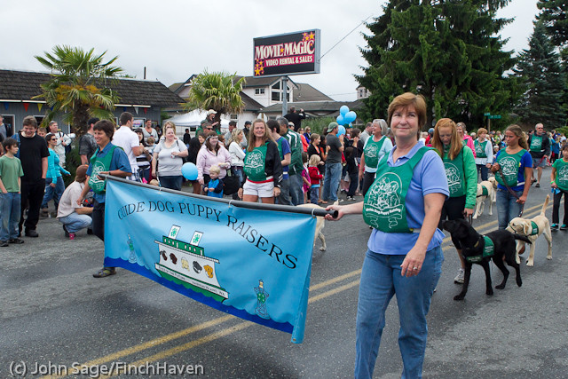 7160 Strawberry Festival Grand Parade 2011