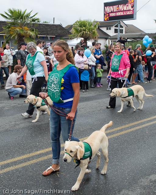 7163 Strawberry Festival Grand Parade 2011