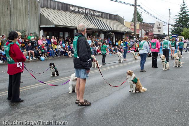 7169 Strawberry Festival Grand Parade 2011