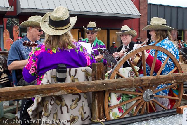 7180 Strawberry Festival Grand Parade 2011