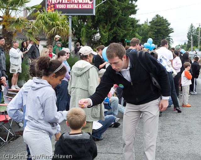 7235 Strawberry Festival Grand Parade 2011