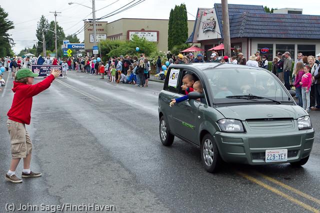 7252 Strawberry Festival Grand Parade 2011