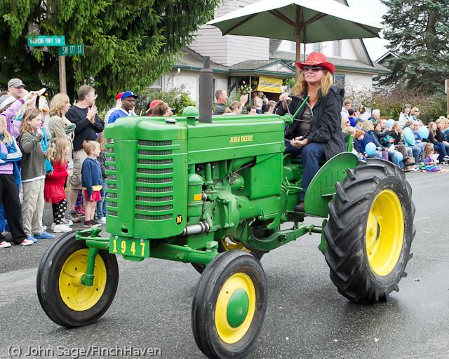 7349 Strawberry Festival Grand Parade 2011