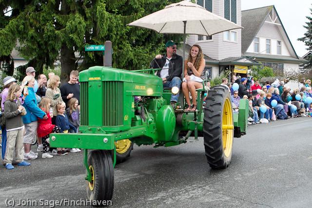 7354 Strawberry Festival Grand Parade 2011