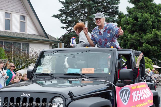 7393 Strawberry Festival Grand Parade 2011