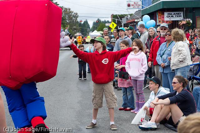 7402 Strawberry Festival Grand Parade 2011