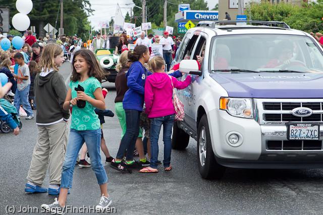 7422 Strawberry Festival Grand Parade 2011