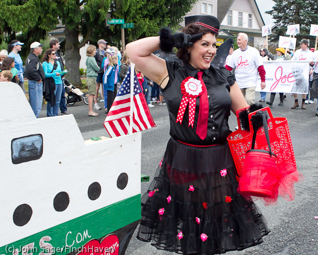 7442_Strawberry_Festival_Grand_Parade_2011