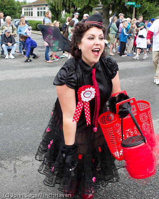 7445 Strawberry Festival Grand Parade 2011
