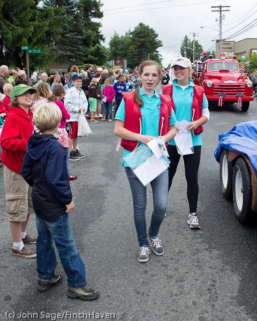 7470 Strawberry Festival Grand Parade 2011