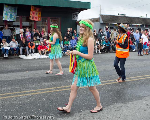 7537 Strawberry Festival Grand Parade 2011