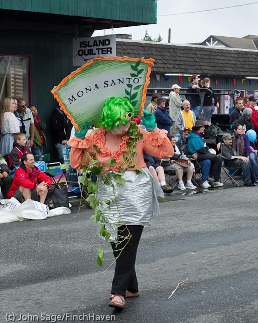 7638 Strawberry Festival Grand Parade 2011