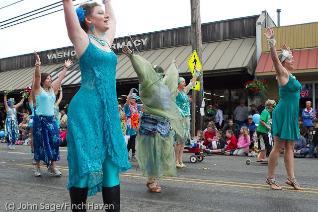 7682 Strawberry Festival Grand Parade 2011