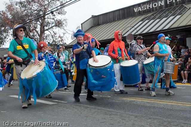 7693 Strawberry Festival Grand Parade 2011